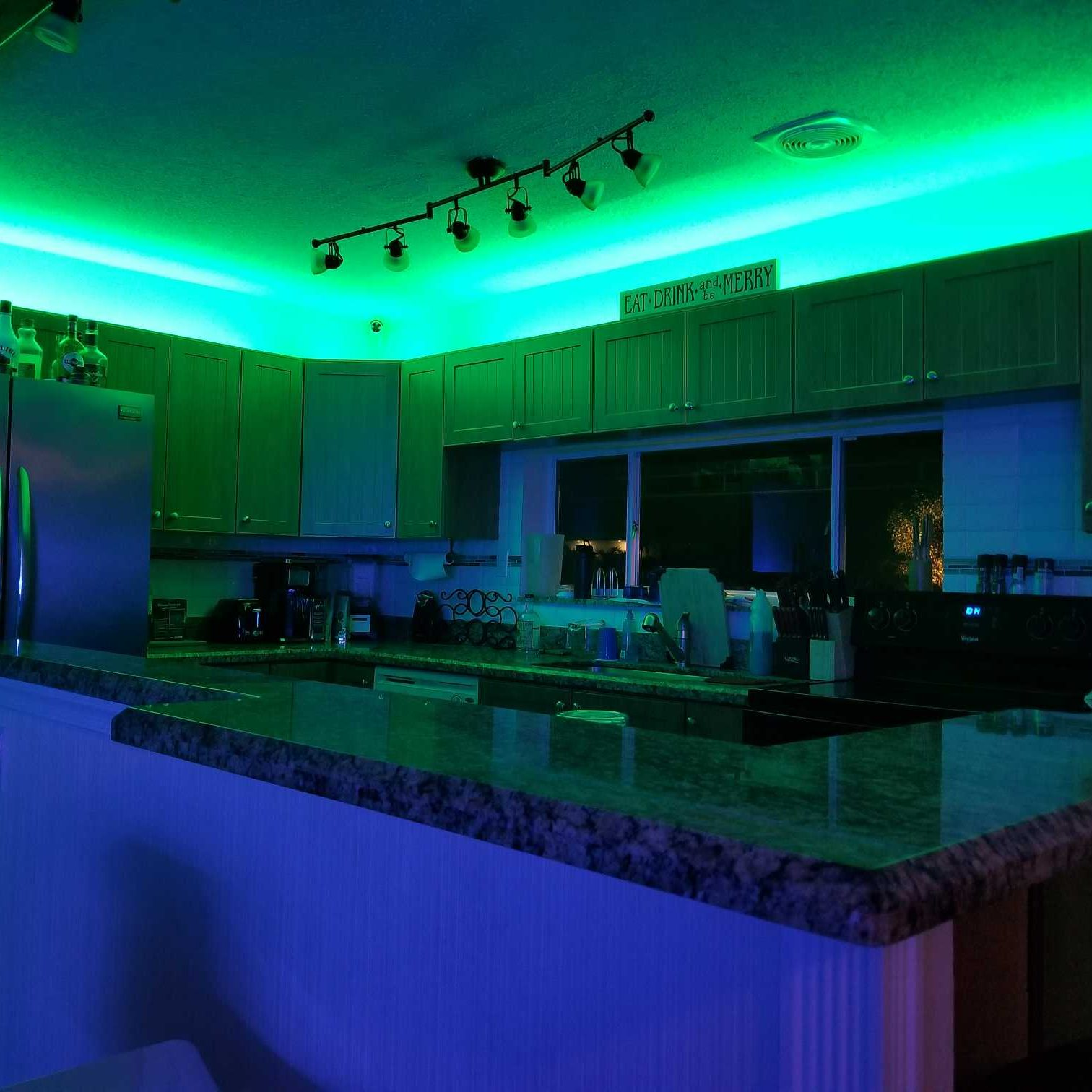 led accent lighting strips for the kitchen